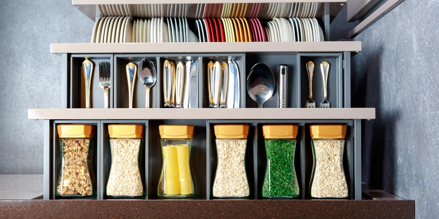 ordenar los cajones de la cocina