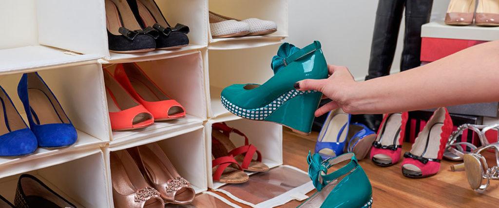 como organizar zapatos